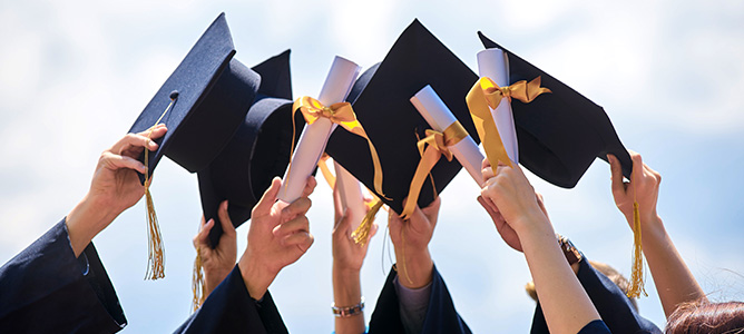 Tips to Make Your College Graduation a Day to Remember - Ashworth College